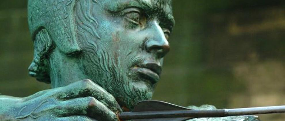 1035_01_2---Robin-Hood-Statue-Robin-Hood-is-the-world-s-best-loved-outlaw_web